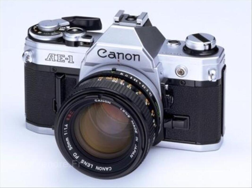 Appareil Photo 24X36 CANON AE1 + 4 Objectifs 72950332