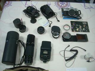 -Appareil photos CANON AE-1 Avec accessoires .