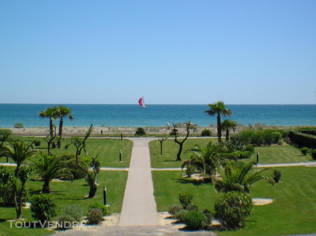 Appartement tout confort en 1ere ligne sur la plage 159930924
