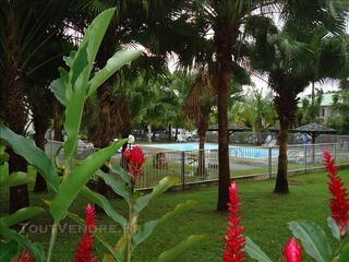 Appt T3 à louer ds résidence privée, avec piscine et tennis.