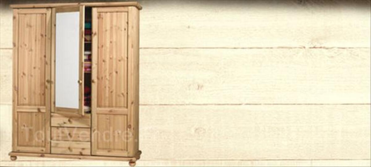 Armoire 3 portes 64613477