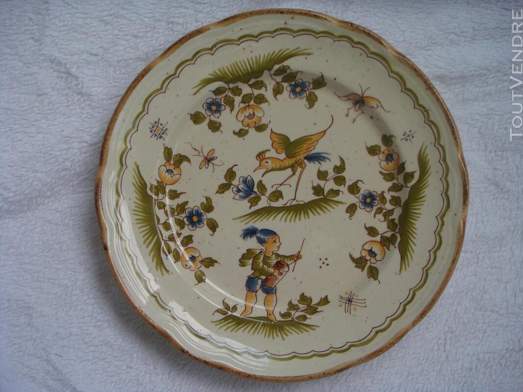 Assiette en faïence reproduction Vieux Moustiers 18 ème 182121950