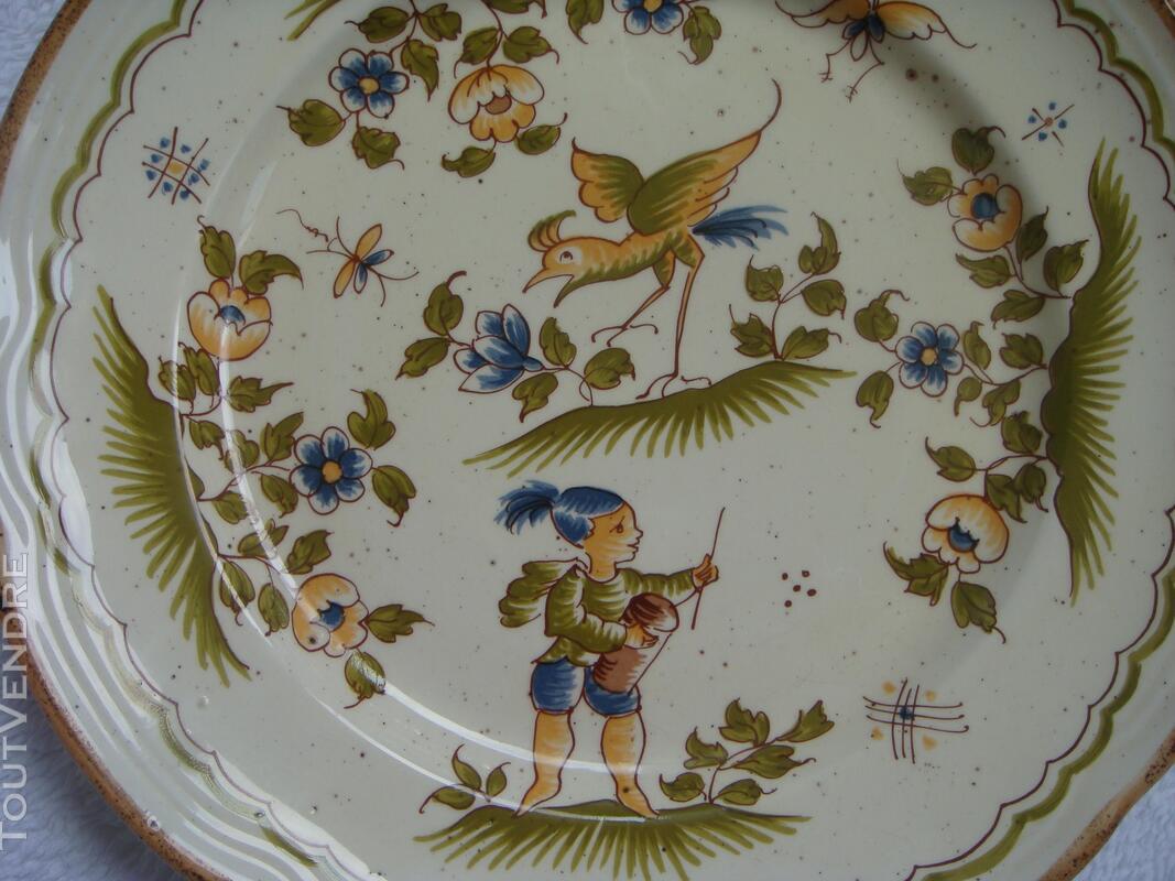 Assiette en faïence reproduction Vieux Moustiers 18 ème 182121953
