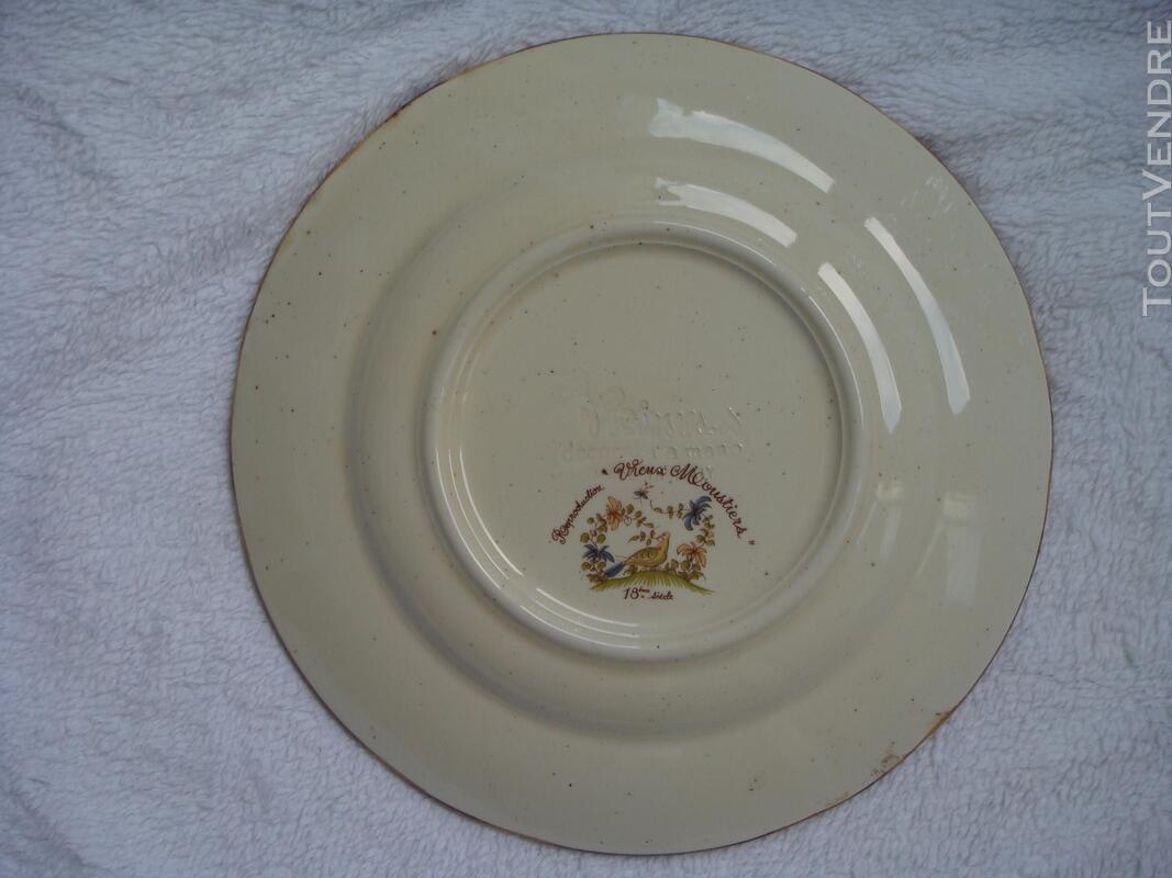 Assiette en faïence reproduction Vieux Moustiers 18 ème 182121956