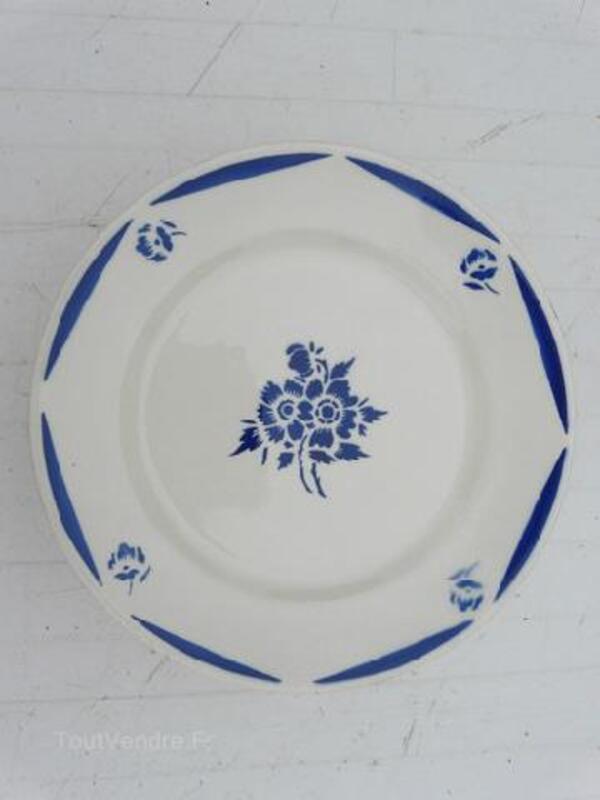 Assiettes à dessert Badonviller de 1923 92219558
