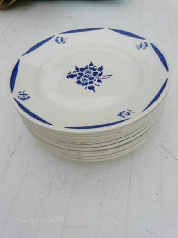Assiettes à dessert Badonviller de 1923 92219559