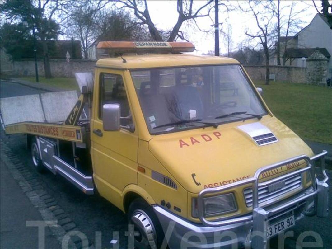 Assistance auto depannage de paris 06 68 63 14 77 382844