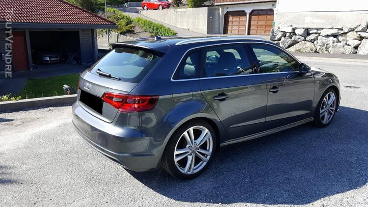 Audi A3 SportBack 141126794