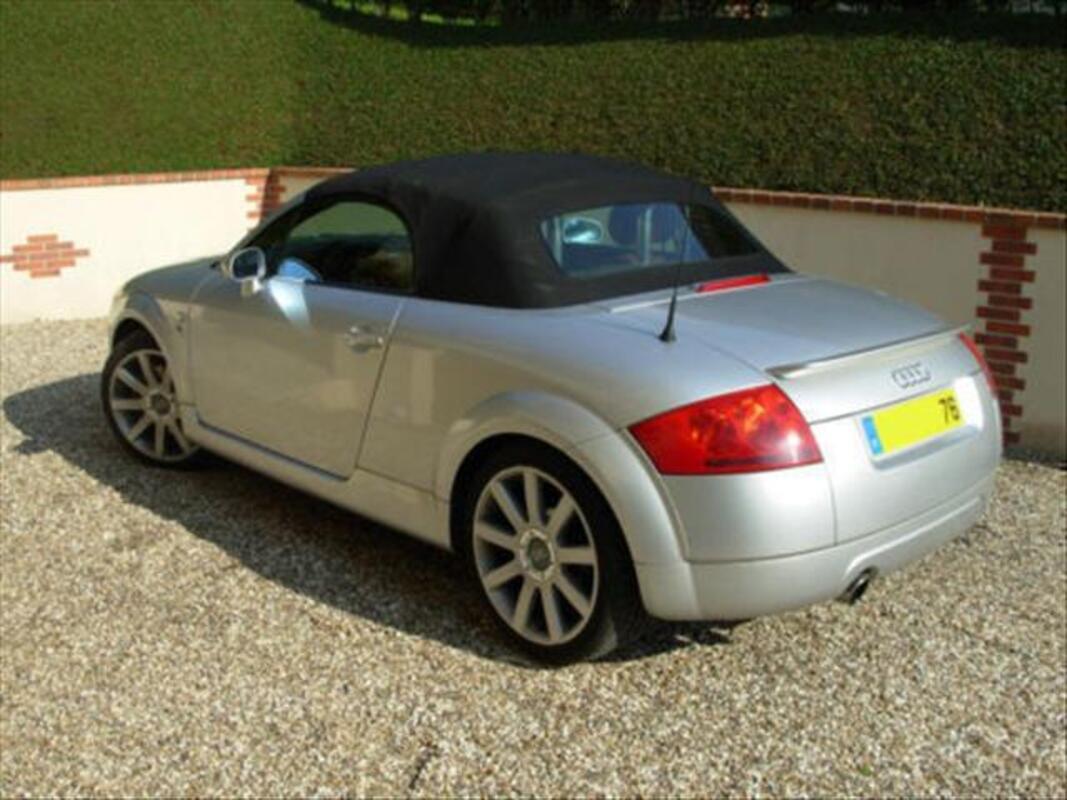 Audi TT série limitée base-ball 55886702