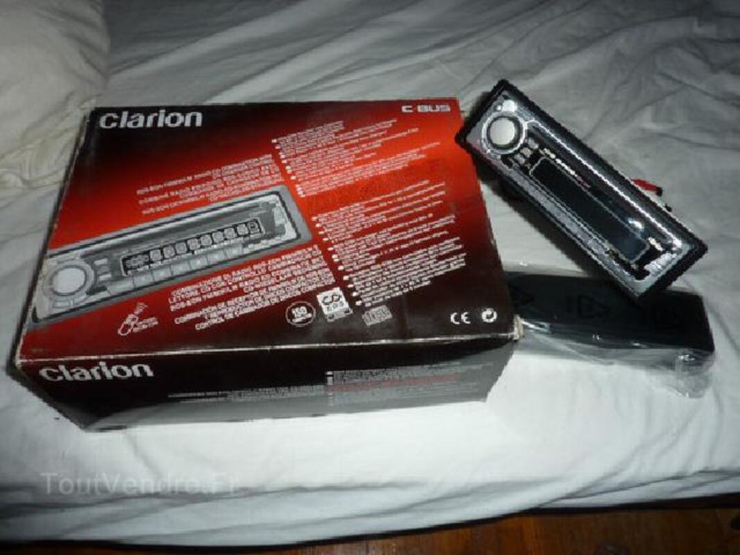 Auto radio clarion lecteur CD 4 X45 W FACADE DETACHABLE 92255020