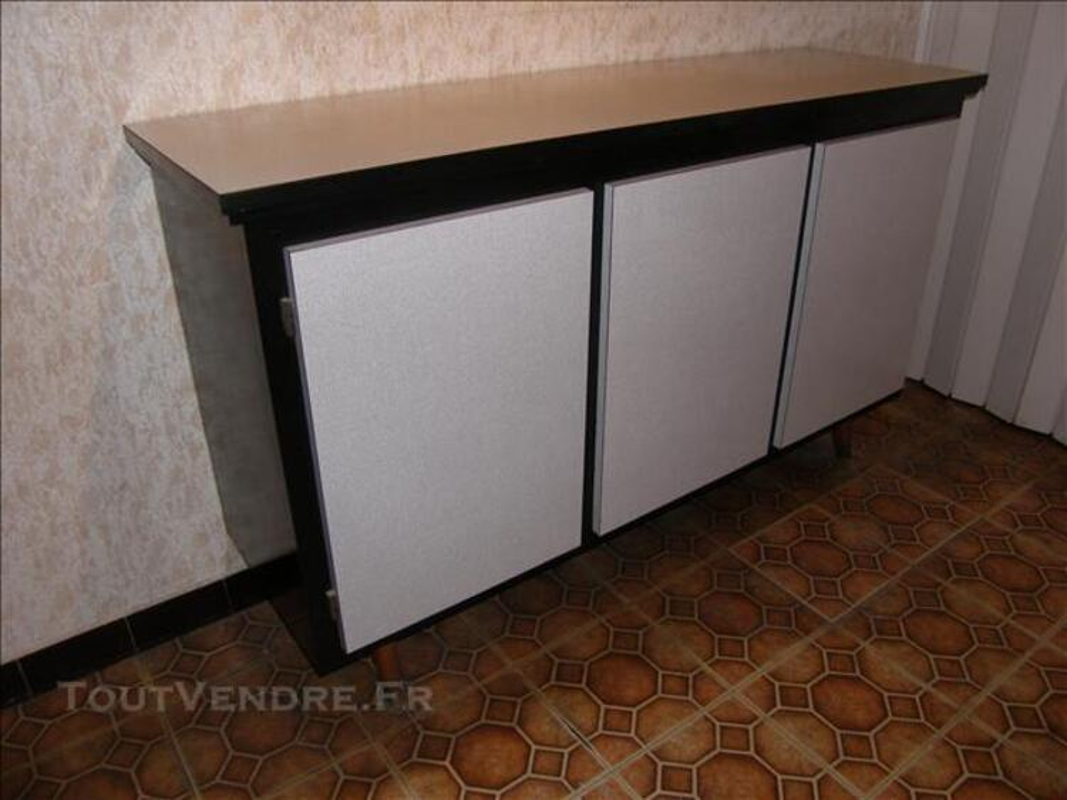 Bahut formica, fabrication artisanale 83567360