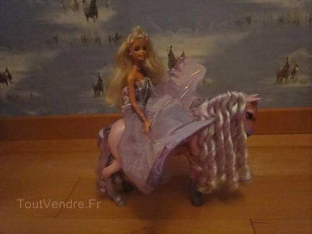 Barbie et le cheval magique 64632357