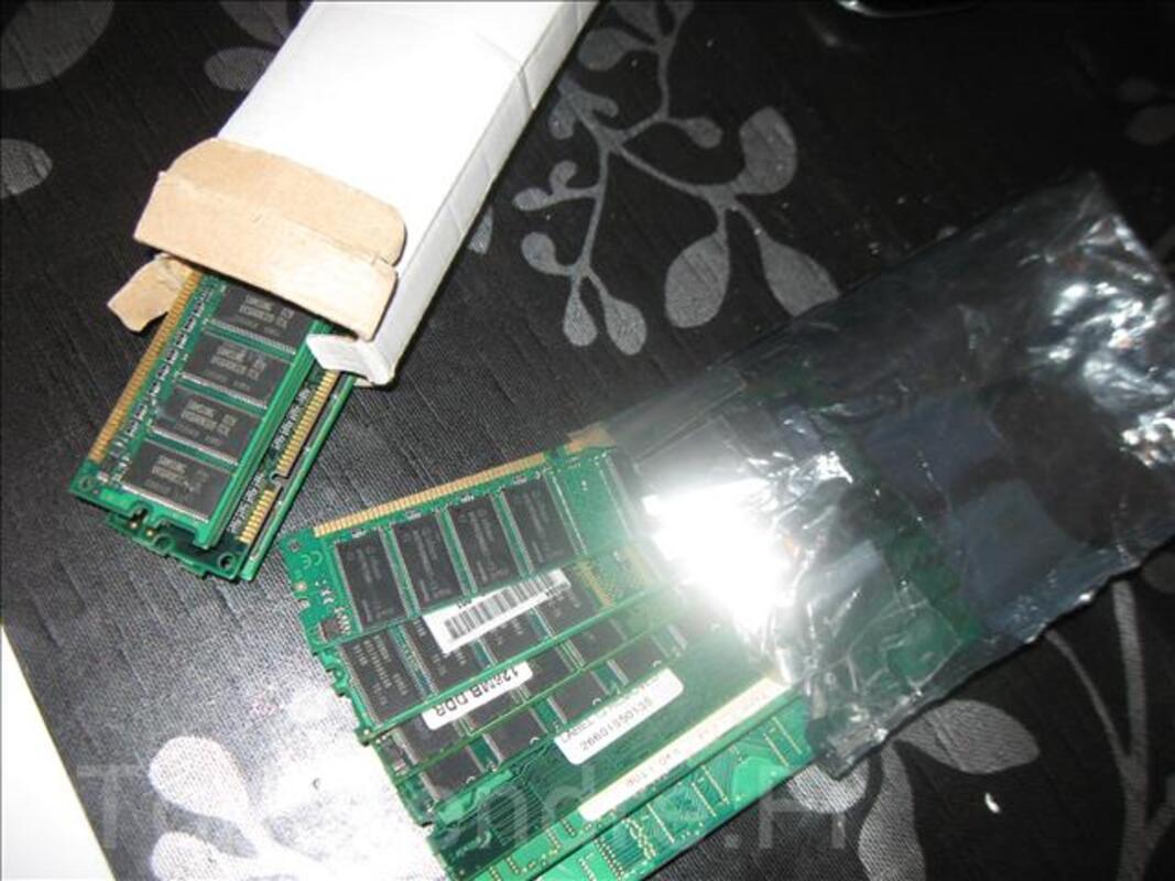 Barrettes mémoires  type DDR1 de 32MO à 1GO  -ordi PC 333 92675867