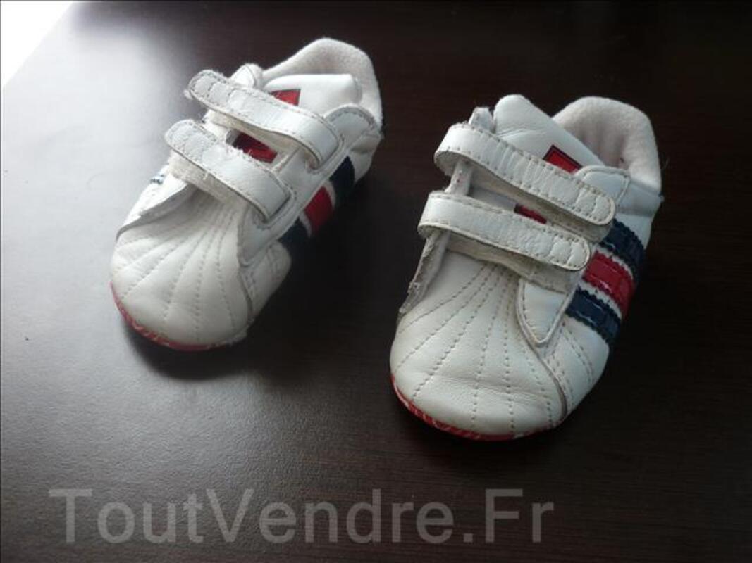 Basket Adidas bébé T.18 106098464