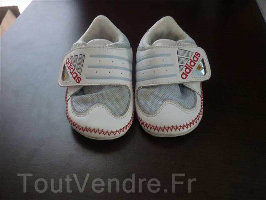 Basket Adidas bébé T.19 106098530