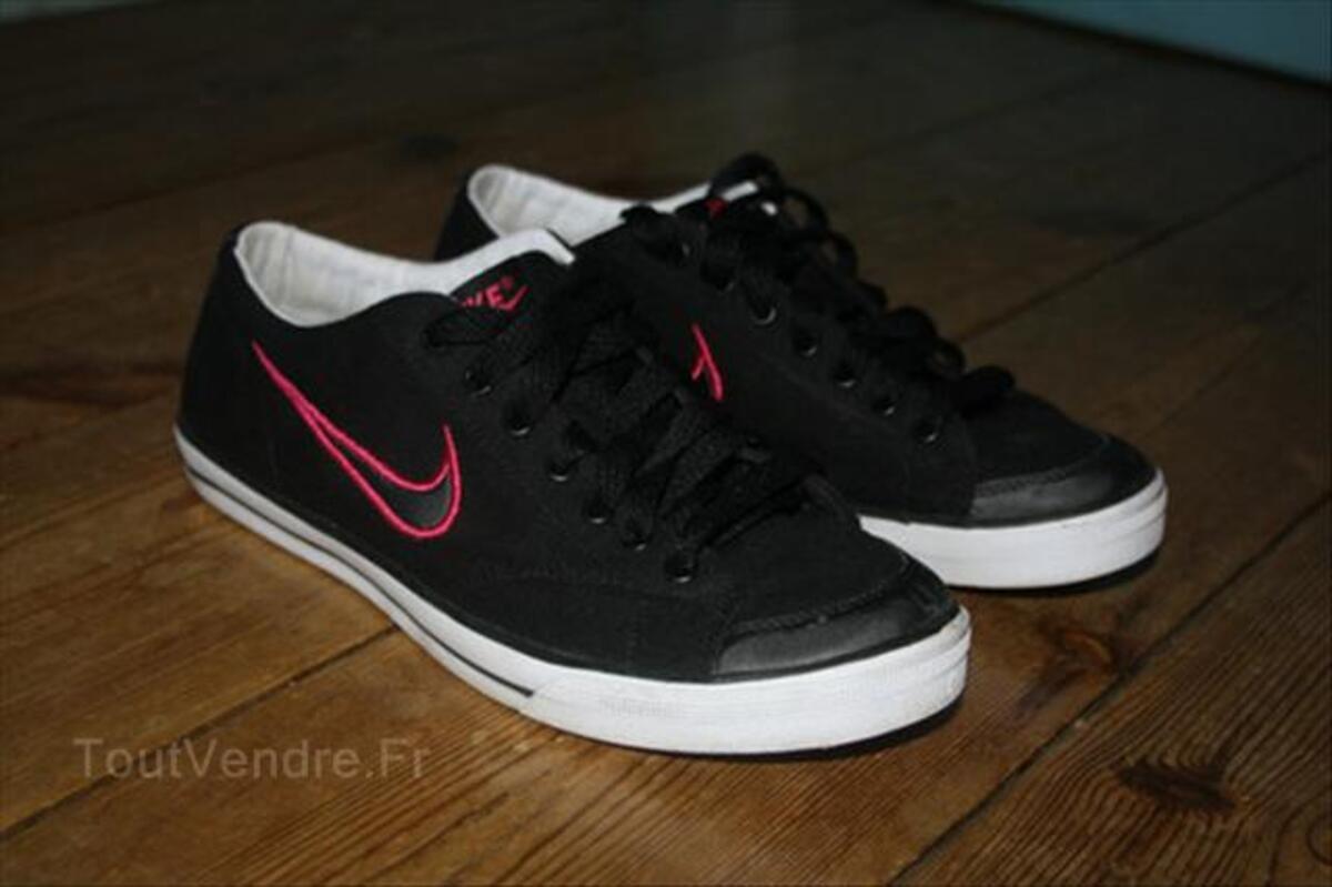 Baskets Nike Femme Noir et Rose taille 38 54633659