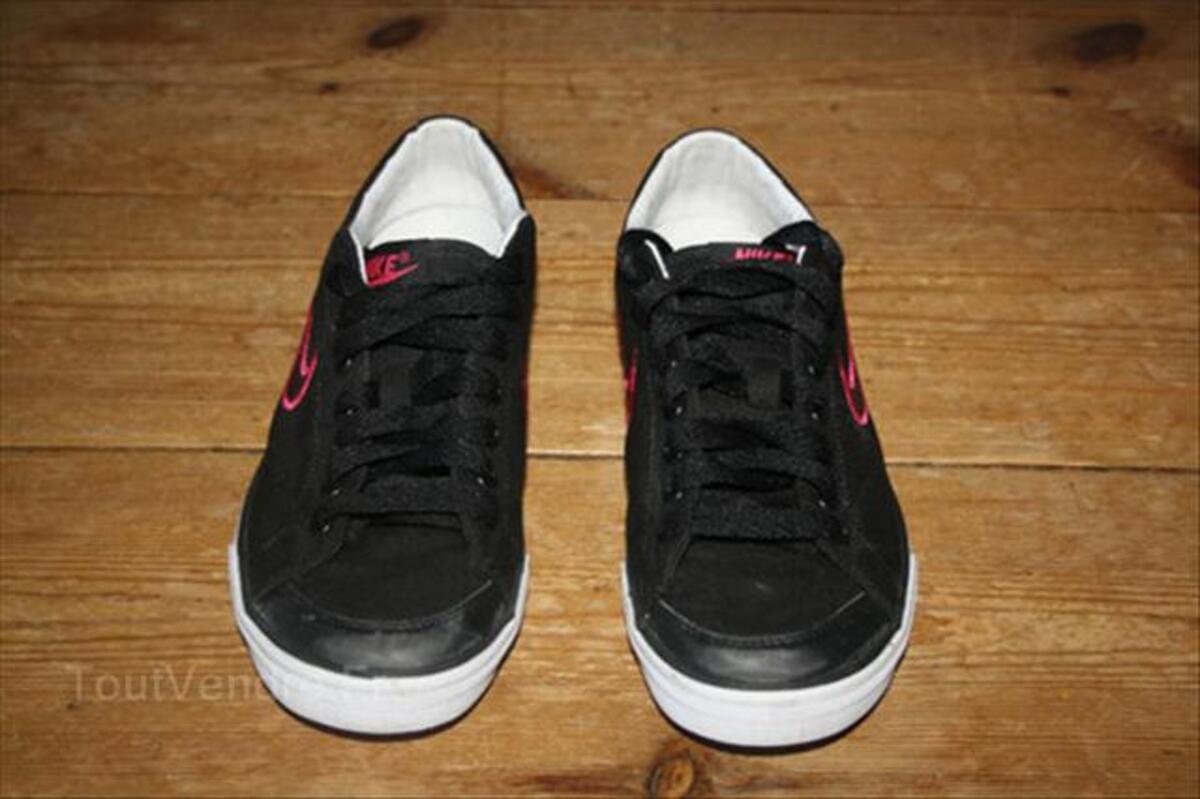 Baskets Nike Femme Noir et Rose taille 38 54633662