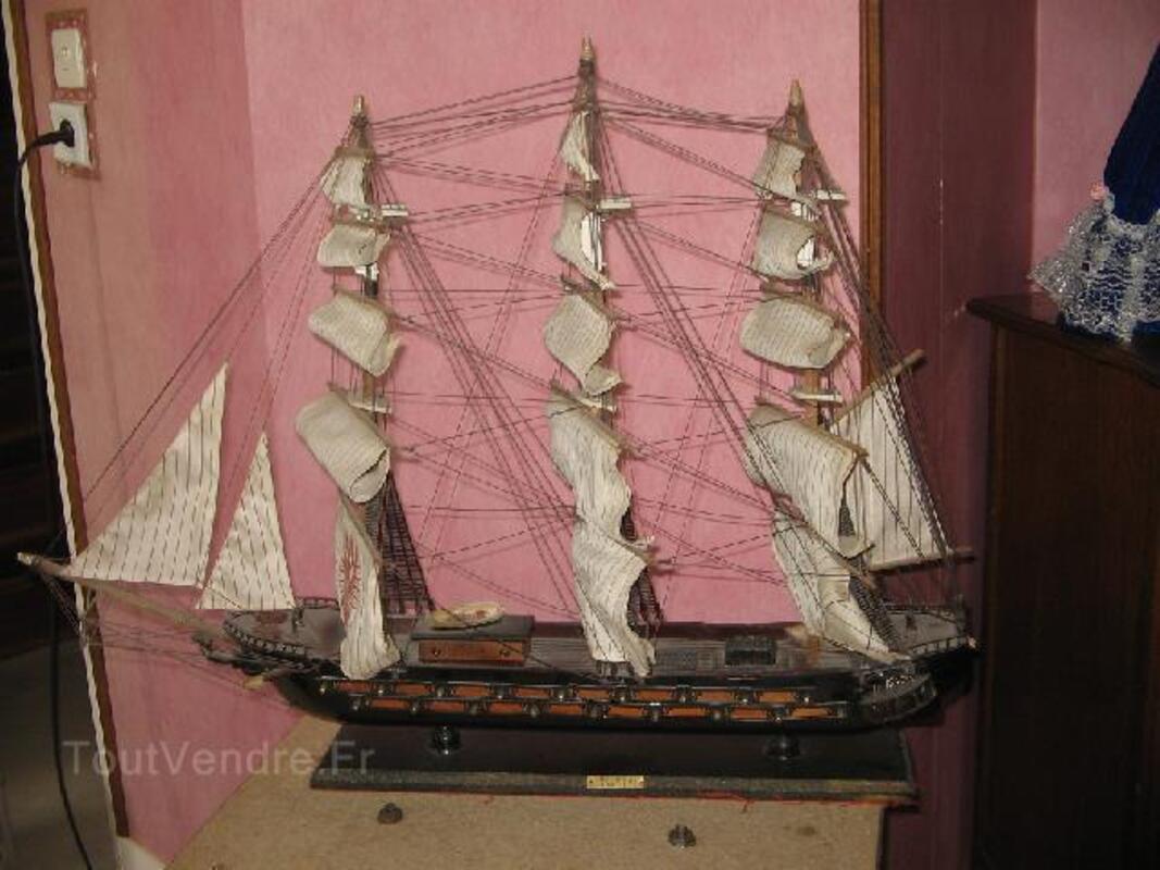 Bateau maquette fragate espagnole  xvi siecle 90791785