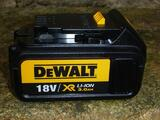 BATTERIE DEWALT 18 V Li-ion   3.0  Ah   54 Wh