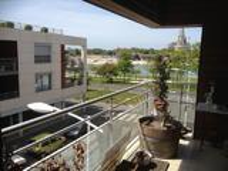 Bel appartement 2 pièces 67m2 vue sur le chenal