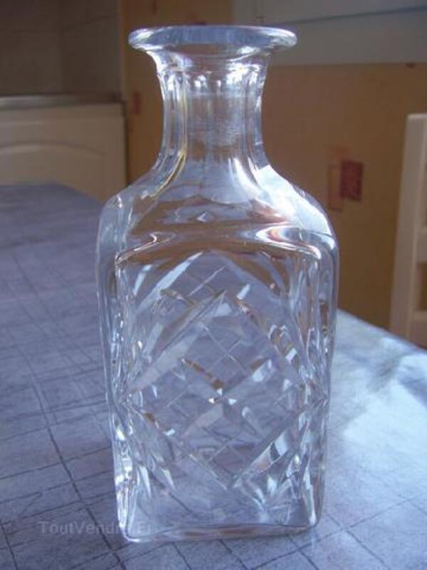 Belle carafe en cristal de saint louis 96269413