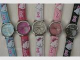 Belle Montre HELLO KITTY   N°4    5  couleurs au choix