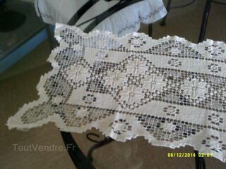 Belle nappe ou chemin de table coton blanc fait main