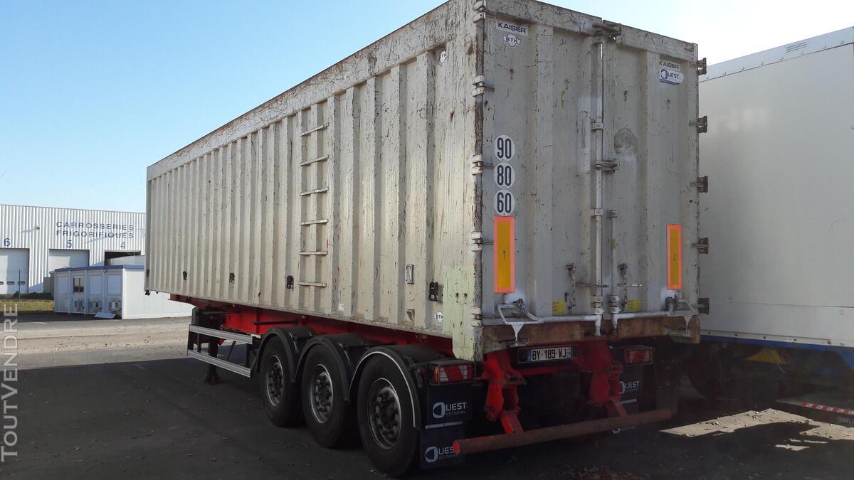 Benne céréalière renforcé pour le transport de fer 158035854