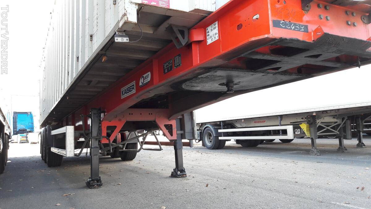 Benne céréalière renforcé pour le transport de fer 158035941