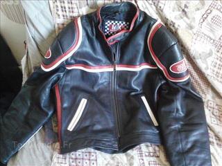 Blouson cuir moto etat neuf taille xxl