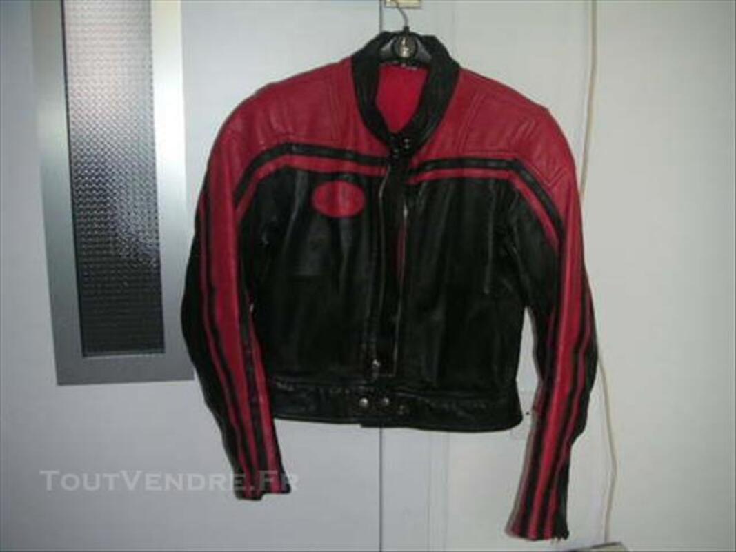 Blouson cuir vintage rouge et noir 85222932