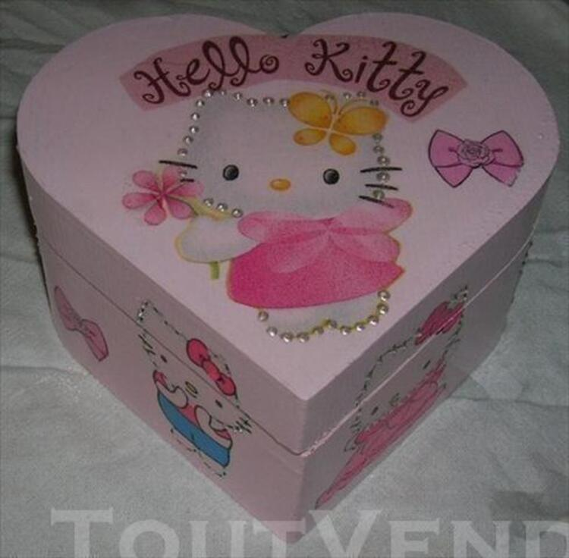 Boite a bijoux hello kitty forme coeur 76741593