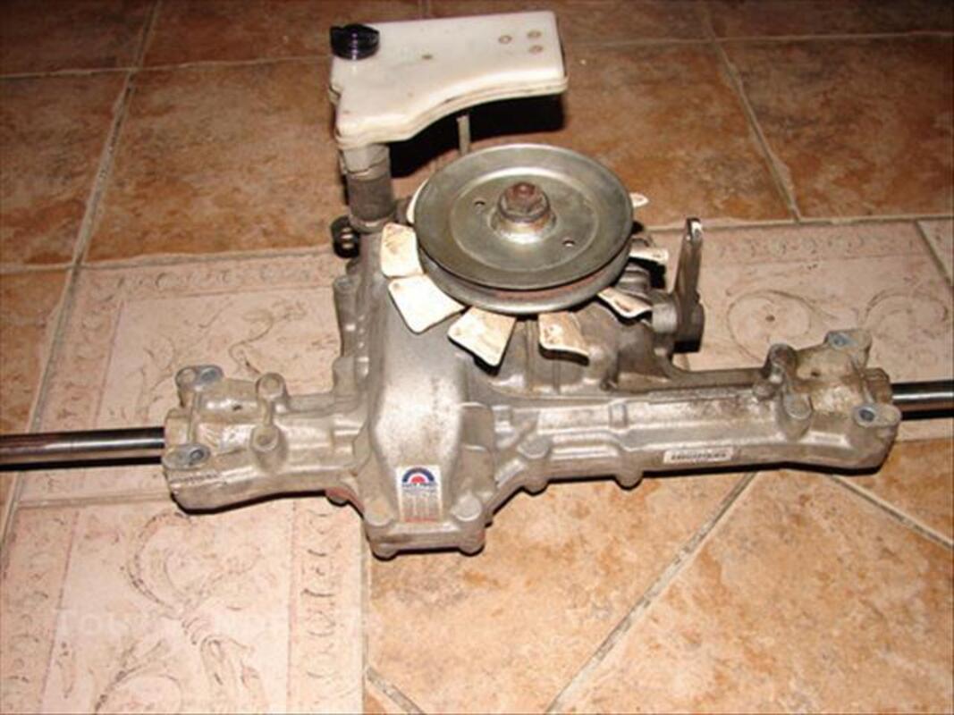 Boite de vitresses hydro pour tracteur tondeuse 75712554