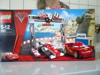 Boite Lego disney Cars2, pour 5/12 ans