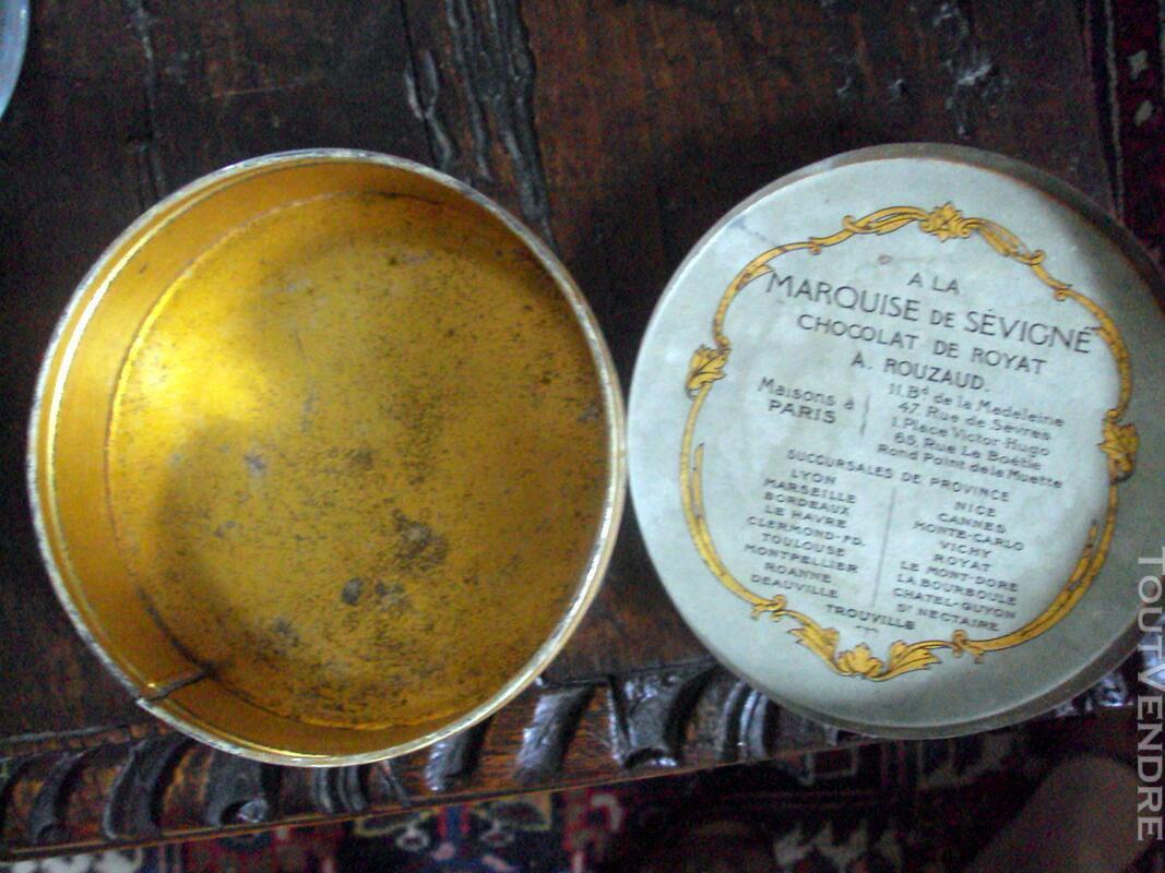 Boite métal la marquise de Sévigné ancienne 147584447