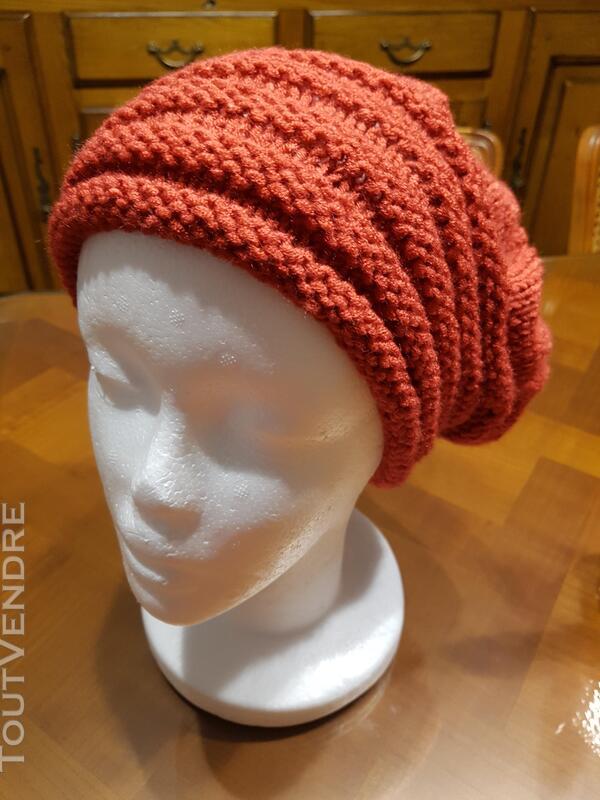 Bonnet tricoter main 338033471