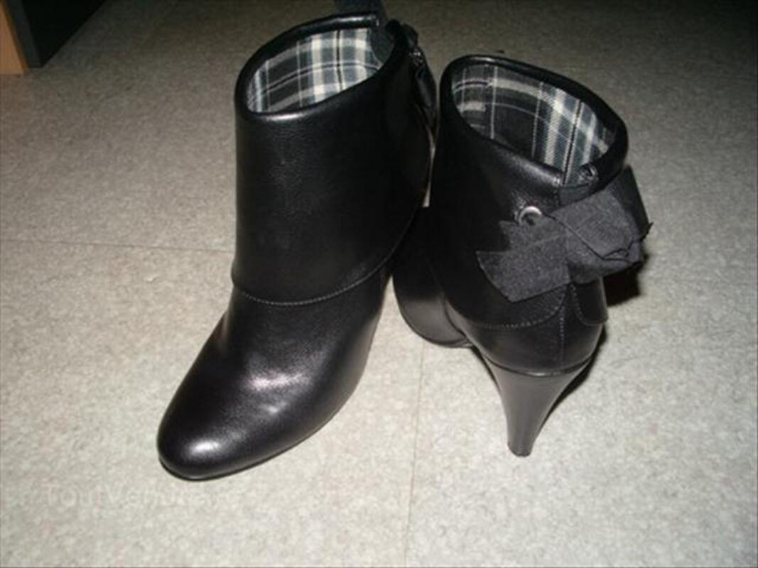 Bottines cuir noir femme 49398944