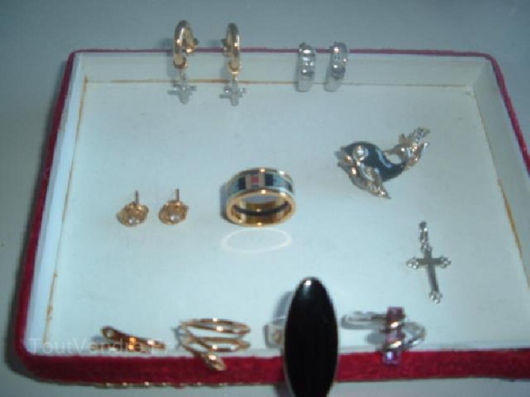 Boucles d'oreille, bague , broche , pendentif plaqué or 91485870