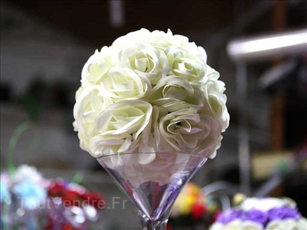 Boule de roses ivoire Ø20cm pour centre de table 97730941