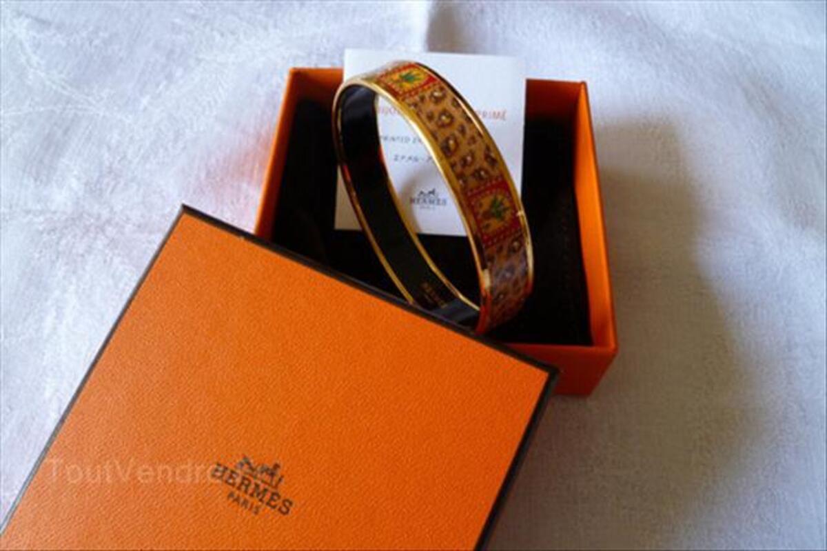 Bracelet émaillé 64489311