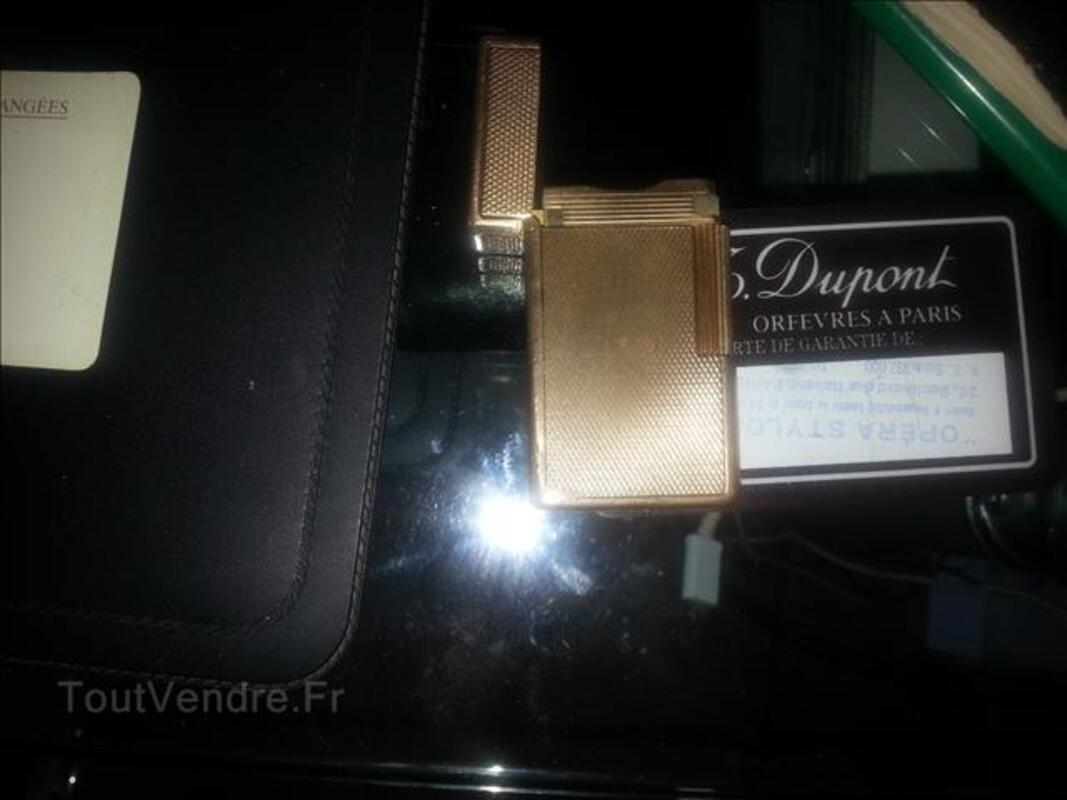 Briquet dupond plaque et or et... un plaque or Laqué 93881841