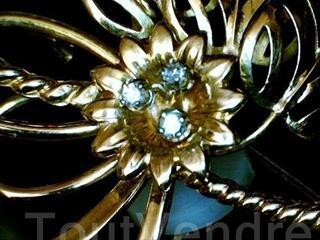 Broche joaillerie or 18 carats et diamants