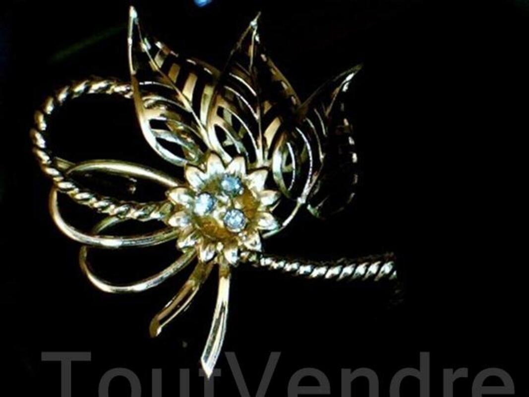 Broche joaillerie or 18 carats et diamants 54464477