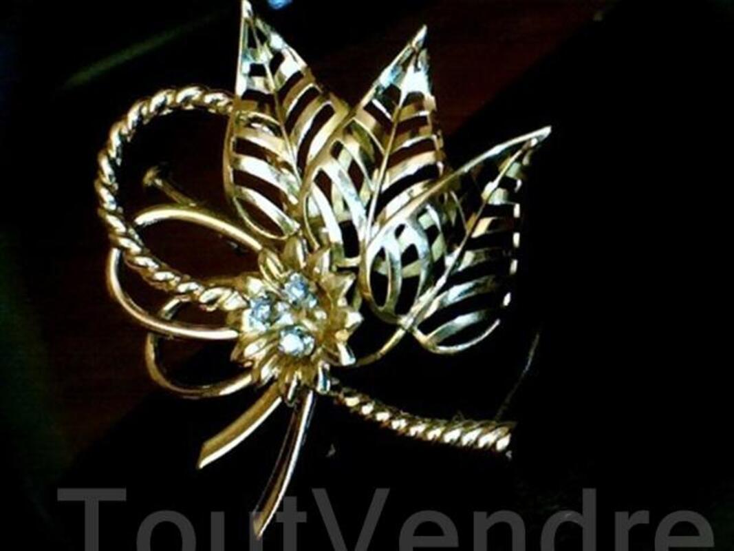Broche joaillerie or 18 carats et diamants 54464478