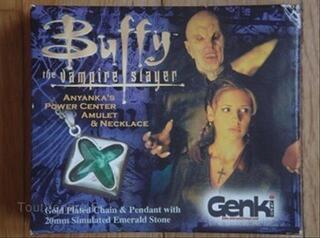 Buffy Contre les Vampires lot Réplique COLLECTOR