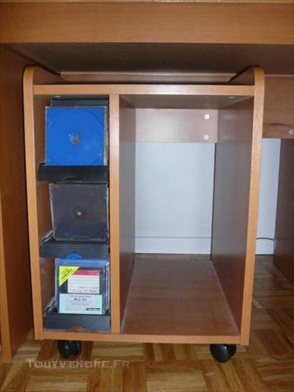 Bureau + caisson sur roulettes IKEA 44704478