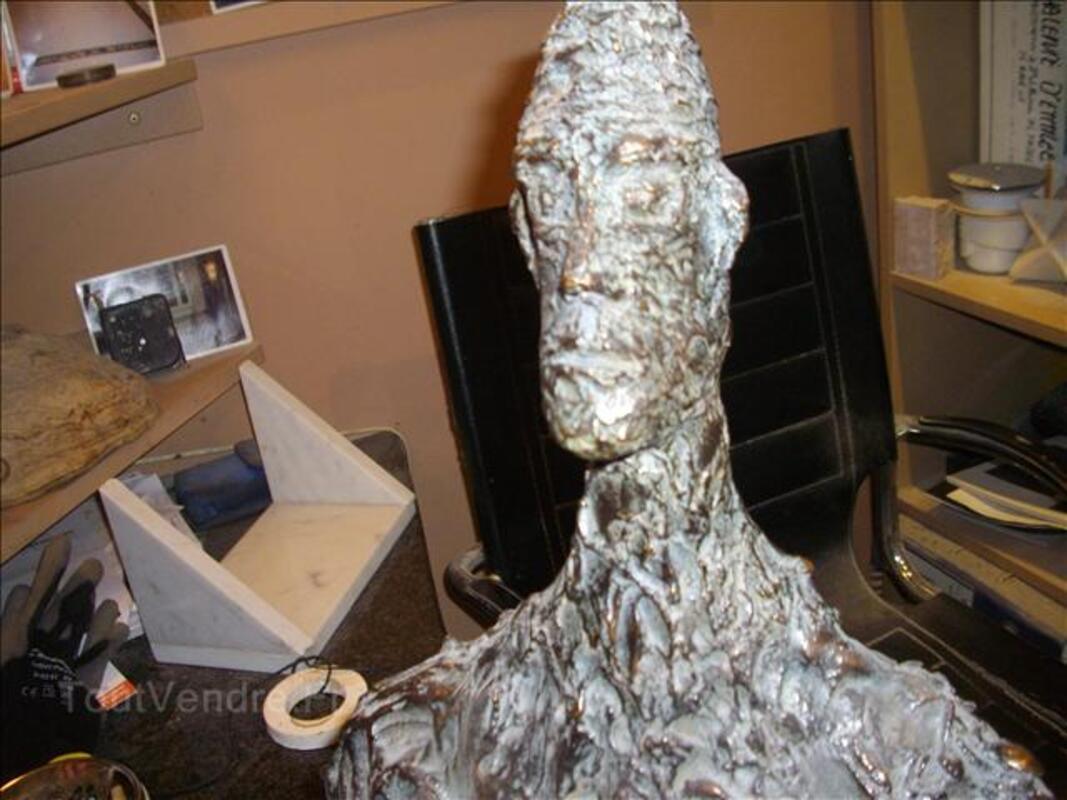 Buste bronze contemporain 30610605