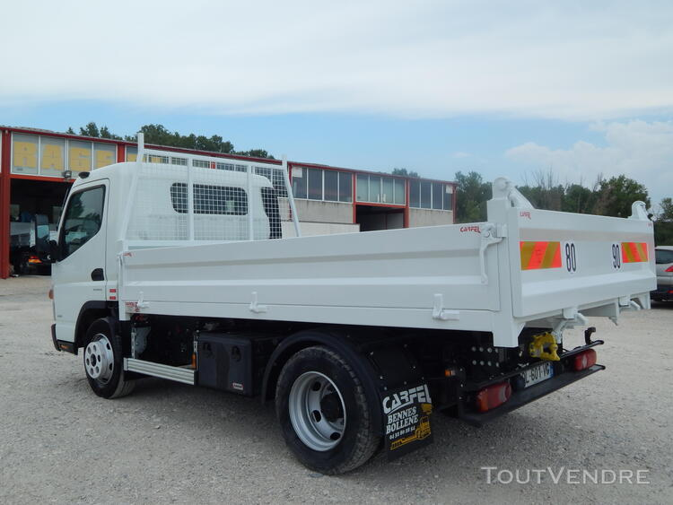 Camion benne FUSO CANTER 440211317