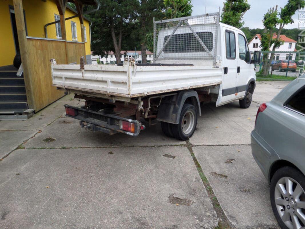 Camion benne IVECO double cabine 3,5 tonnes 270556277