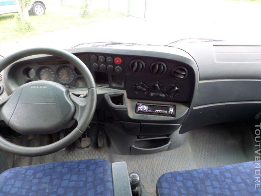 Camion benne IVECO double cabine 3,5 tonnes 270556289